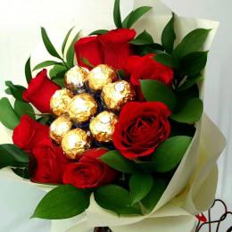Roses N Choc Delight