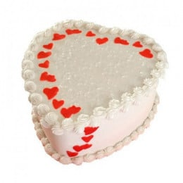 Lovely Heart Shape Cake - 500 Gm