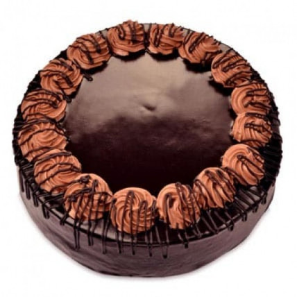 Yummy Chocolate Rambo Cake - 500 Gm