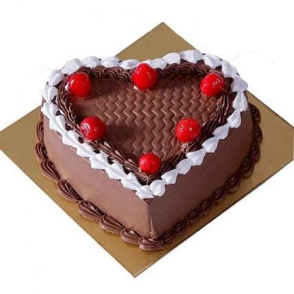 Cherry On Top Chocolate Cream Cake - 500 Gm
