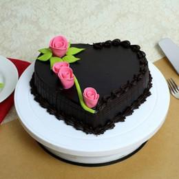 Creamy Heart Truffle Cake - 500 Gm
