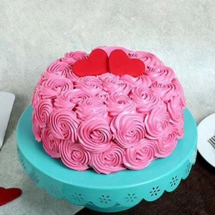 Rose Cream Valentine Cake - 500 Gm