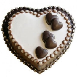 Special Heart Chocolate Cake - 500 Gm