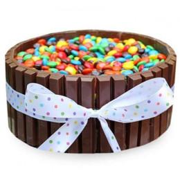 Kit Kat Cake - 500 Gm