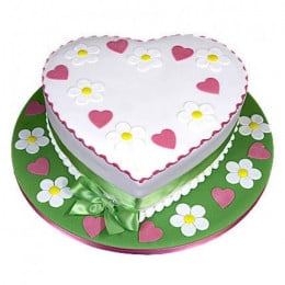 Heart Shape Designer Cake - 500 Gm
