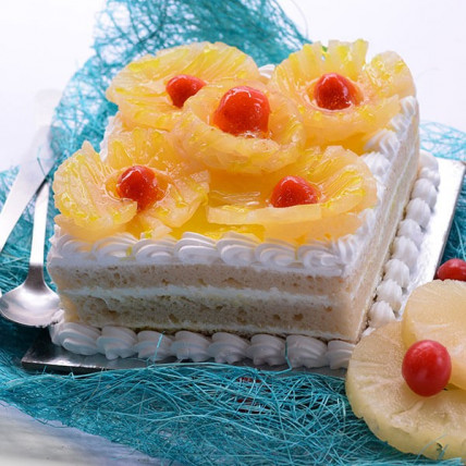 Pineapple Squash Cake - 500 Gm