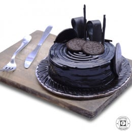 Oreo Dark Chocolate Cake-500 Gm