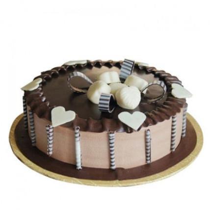 Becky Beige Chocolate Cake - 500 Gm