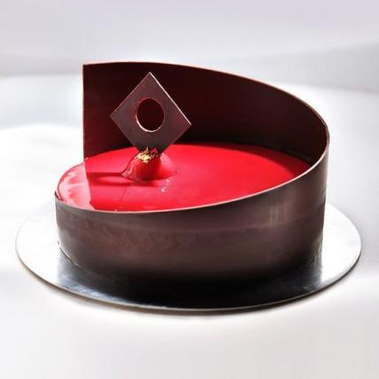 Red Glaze Cake-500 Gms