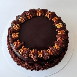 Chocolate Walnut Cake - 500 Gm