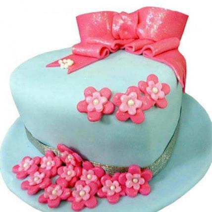 Fondant Hat Cake - 1 KG