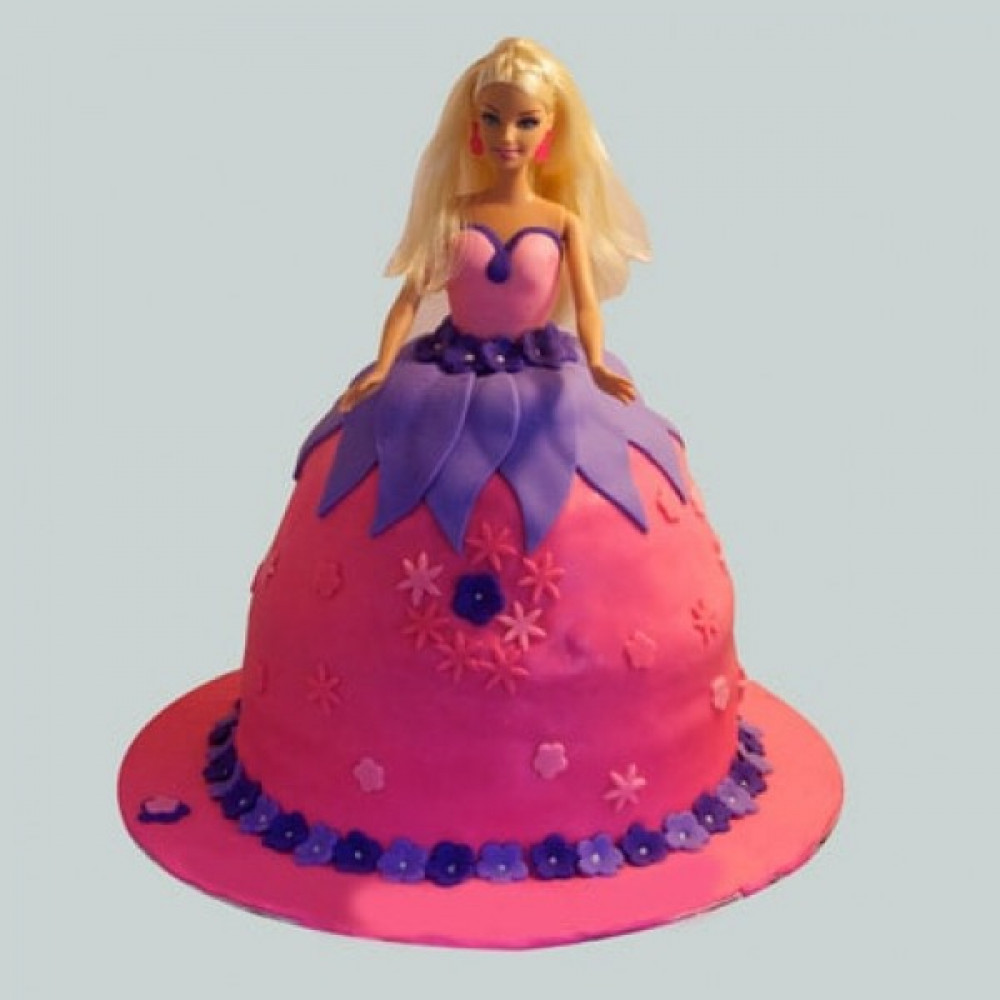 Royal Barbie Cake Royal Barbie Cake Is A Fondant And It Can Be
