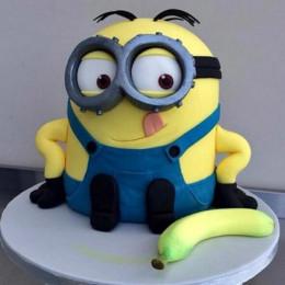 Banana N Bob Minion Cake - 2 KG