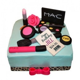 Mac Up In Style Cake - 3 KG