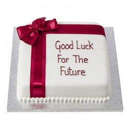 Good Luck Fondant Cake - 500 Gm