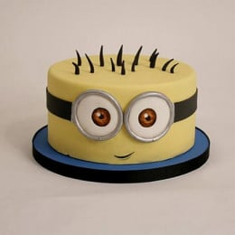 Minion Cartoon Cake - 500 Gm