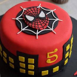 Round Fondant Spiderman Cake - 1 KG