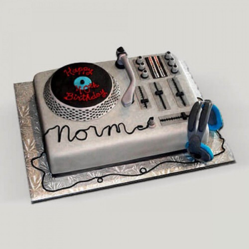 Magnificent Dj Cake Your Favorite Dj Is Here Gift This Cake To Your Dear One On Birthday Cards Printable Trancafe Filternl