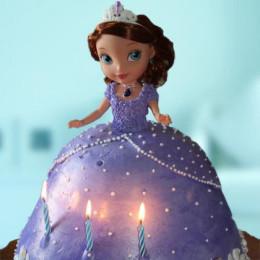 Doll Cake - 2 KG
