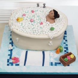 Lady In Bathtub Cake - 1 KG