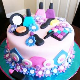 Nail Paint Cake - 2 KG