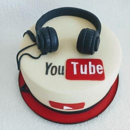 The Youtuber Cake-1 Kg