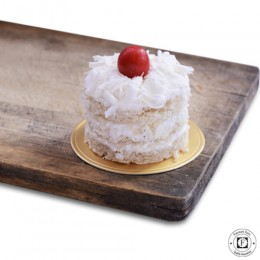 White Forest Pastry-set of 4