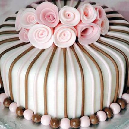 Rose Garden Cake - 1.5 kg