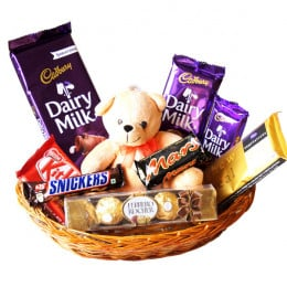 Bear N Chocolate Hamper