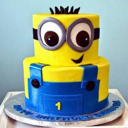 2 Tier Minion Cake - 4 KG