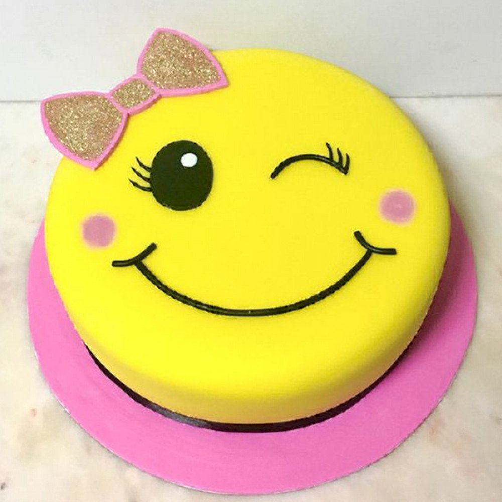 Groovy 2 Kg Heres A Simple Yet Delicious Cake Covered In Pineapple Je Funny Birthday Cards Online Amentibdeldamsfinfo