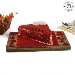 Red Velvet Triangle-500 Gms