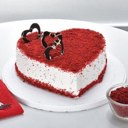 Velvety Red Heart Cake-500 Gms
