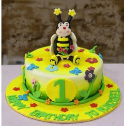 Queen Honey Bee Cake-1.5 Kg