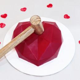 Pinata Red Heart